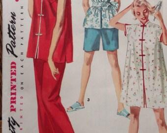 Simplicity 4971 - Mandarin style Pajamas