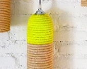 Natural raffia lamp with textile cable, switch and plug - neon yellow
