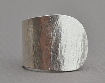 Hammered Silver Ring,  Chevalier Ring, Silver Ring, Adjustable Ring