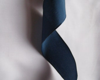 """Navy Blue Wired Taffeta Ribbon. 1.5""""/ 4 cm wide. Sold by the metre"""