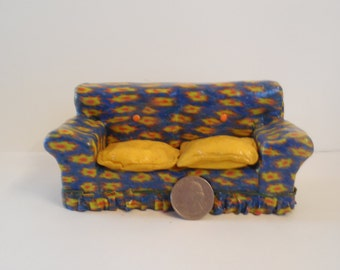 Special Couch for Minis