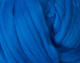 Superfine Merino Wool Top - 18.5 micron - Blue - 4 ounces
