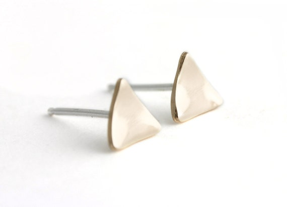 Tri-Angle Curve Earrings in Bronze