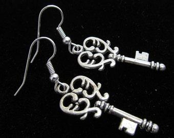 Heart Key Dangle Charm Earrings E 34