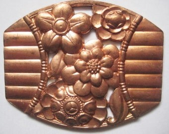 Vintage Floral Medallion: 1950s Art Deco Style Ribbed Flower Stamping, Heavy Struck Brass Stamping, Finding/Embellishment, 50x40mm, 1 pc.
