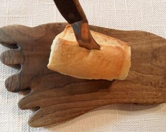 myrtlewood, Bigfoot bread cutting Board
