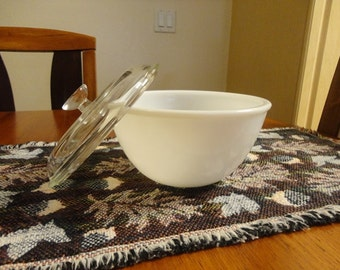 Vintage Pyrex Milk Glass Bowl With Lid