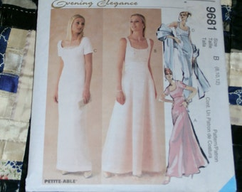 1998 McCalls Pattern 9681 for Misses Lined Gown and Scarf Size D 12, 14, 16 Uncut