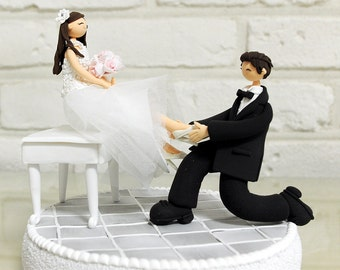 Custom Wedding Cake Topper, Deco, Gift, Keepsake -  Put Shoe on my Lover's foot like Cinderella Story