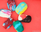 Instant download Felting tutorial- Learn to make FELTED SOAPS - PDF tutorial with lots of step-by-step photos