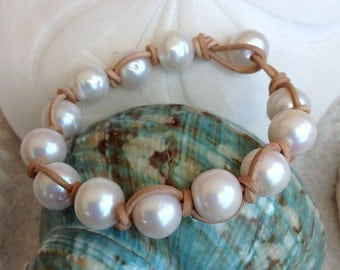 Freshwater White PEARL AROUND Bracelet