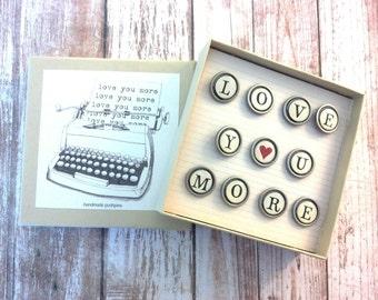 Typewriter key pushpins