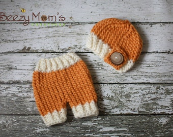 IN STOCK Newborn Button beanie and short set - Photography prop