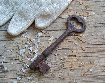 Vintage Skeleton Key Corbin Victorian Key Pendant Gothic Key Vintage ca. 1902