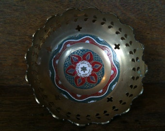 Vintage English Brass Bowl Dish Trinket Jewellery Jewelry circa 1950's / English Shop