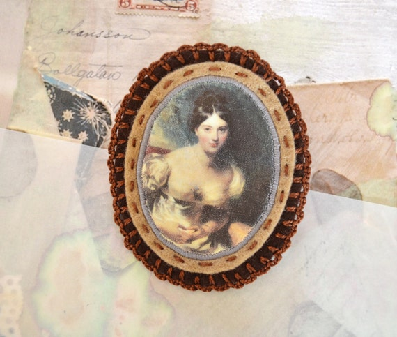 SALE - cameo brooch - brooch with portrait - cameo style - lovely lady - brown - pin broach - free shipping