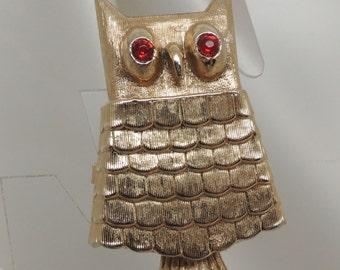 Semi-Vintage Avon Owl Brooch