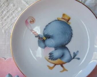 4 Inch Porcelain Plate. Baby Blue Bird Celebrating. Unmarked