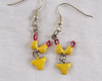 Bikini Earrings in Yellow and Red