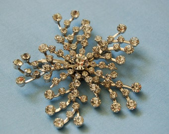 Vintage 'Snowflake' Brooch - Necklace Pendant - Rhinestones and Silvertoned