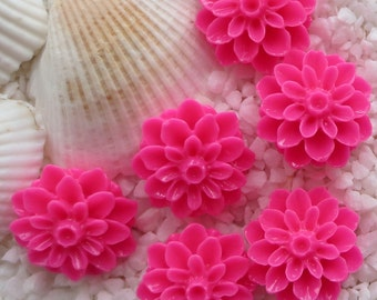 Resin Mum Flower Cabochon  - 16mm -  20 pcs - Hot Pink