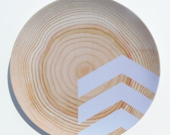 "Modern Wood Simple Chevron 10"" Melamine Plate, Lavender"