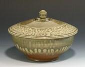 Rice Noodle Bowl Stoneware Pottery Lidded Casserole (YCP402)