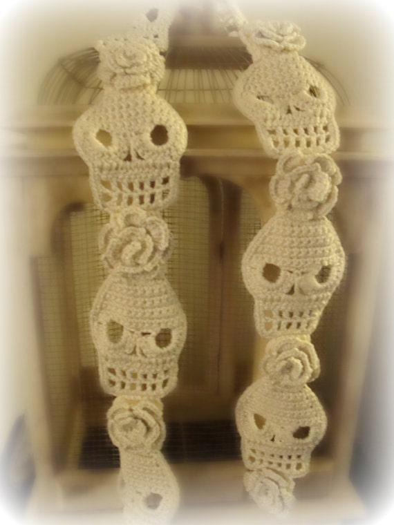 Crochet Skull : PDF PATTERN Skull and Roses Crochet Scarf by WickedCrochet71