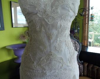 VIntage Laces Wedding dress Victorian dream