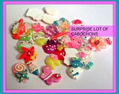 Surprise 30 Kawaii cabochons