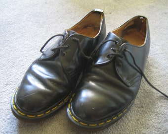 Mens Vintage Black Gibson Three Eye Dr Martins