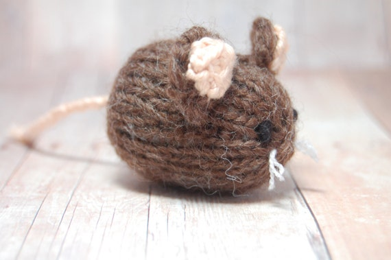 Mouse Toy, Knit Mouse Toy, Stuffed Toy Mouse, Brown Mouse, Waldorf Animal, Woodland Mouse, Field Mouse Toy, Woodland Nursery, Mouse Ornament