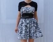 Black and white dress, abstract floral print dress, elastic dress, full skirt dress, decolte dress, short sleeved dress, summer dress