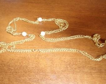 vintage necklace goldtone chains faux pearls