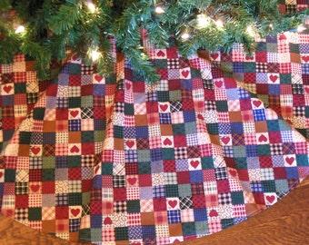 """ON SALE Christmas Tree Skirt, Primitive Tree Skirt, Farmhouse Christmas, Tree Skirt with Hearts, Country Tree Skirt, 42"""" Xmas Tree Skirt"""