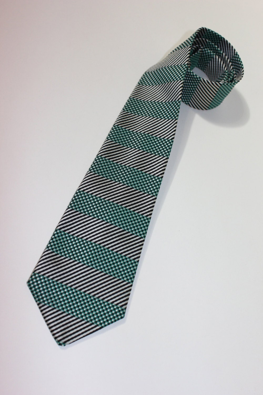 vintage late 50 s 60 s wembley narrow neck tie