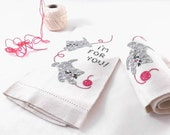 "1940s Linen Fingertip Towels with Embroidered Kittens ""I'm for You"" Sentiment"