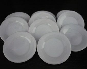 4x2.50 cm. White Pound Plate Dollhouse Miniatures Food Deco Kitchenware Jewelry