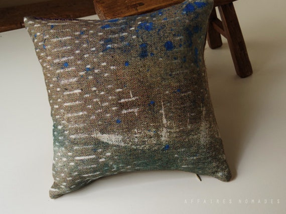 Recycle Or Throw Away Pillows : Linen and recycled burlap. Throw Pillow case. by AffairesNomades