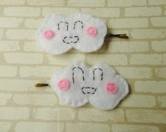 2 Cloud bobby pins