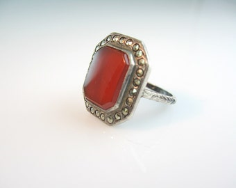 Art Deco Ring. Carnelian & Marcasite Ring. Octagonal Gemstone. Engraved Sterling Silver. Vintage 1920s Art Deco Jewelry.