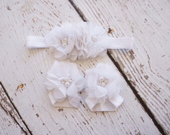 barefoot sandals- White baby barefoot sandals- christening shoes- baby flower sandals- flower girls sandals- baby shoes- elastic sandals