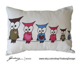 "Owl Pillow Case - Decorative Pillow Case - 16x12"" - Cute owl family"