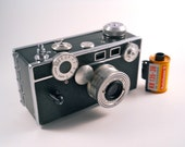 "Argus C3 ""the brick"" 35MM camera Great for Display"