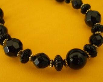 Beautiful Be Basic Black Beads
