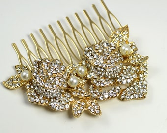 Bridal flowers hair comb. Vintage style gold crystal wedding hair piece.  Gold bridal hair comb. Bridal party.