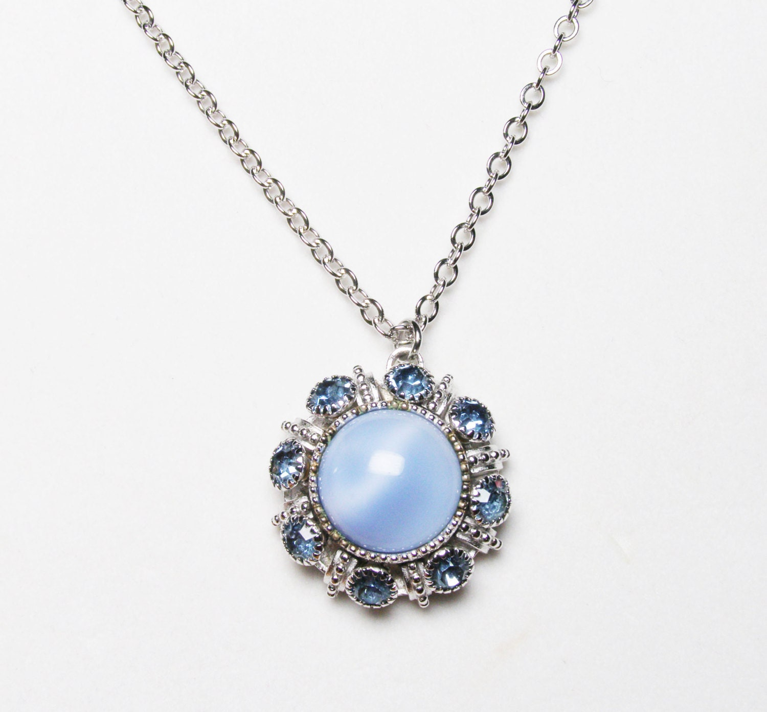 Vintage Avon Blue Moonstone Pendant Necklace by LorettasCache