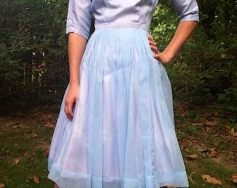 Pretty 60s Vintage Day Dress / Prom / Party Dress with Crinoline