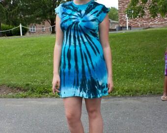 """The Groovy Blueberry Women's Tie-dye """"Blue Spinner"""" Cap Sleeve A Line Dress"""