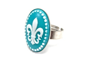 Mardi Gras Ring - Fleur de Lis Cameo Ring - French Accessory - Turquoise / Teal Blue and White Preppy Jewelry - Adjustable Silver Band